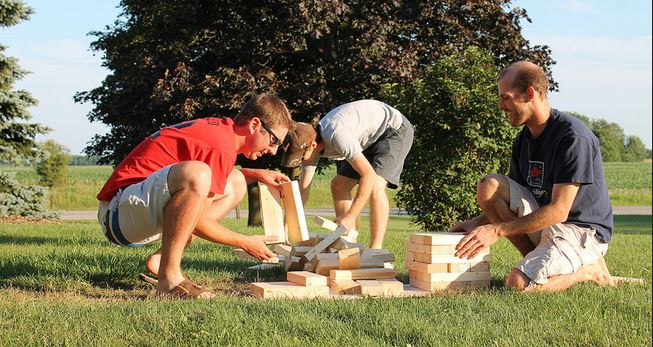 how-to-play-giant-jenga